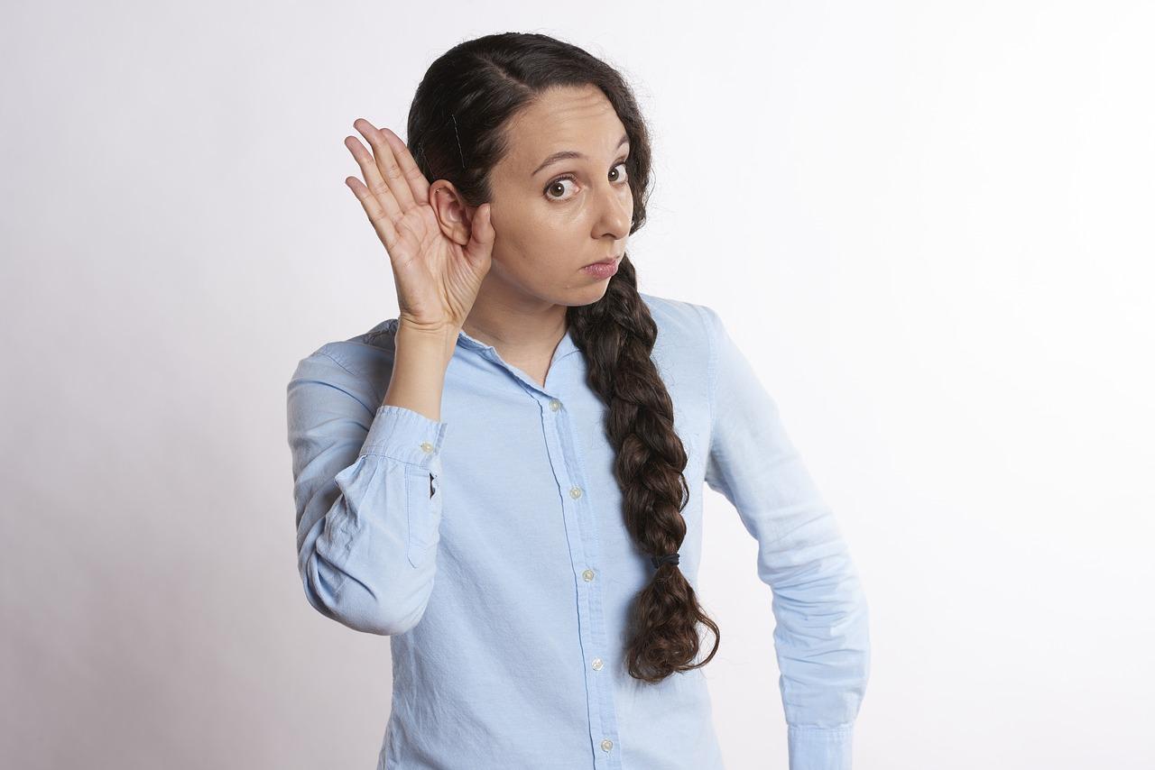 Szumy uszne. Czy można je leczyć?